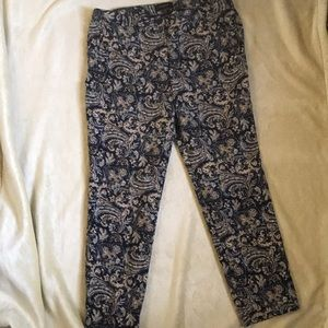 Talbots Hampshire Stretchy Cropped Floral Pants